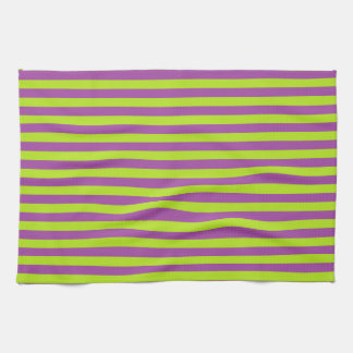 Rayas de la verde lima y de la púrpura toalla