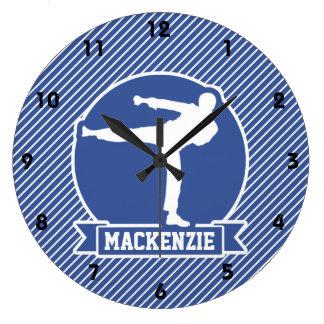 Rayas de los artes marciales, del karate, azules y relojes