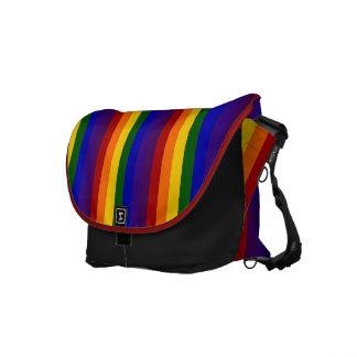 Rayas del arco iris bolsas de mensajeria