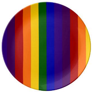 Rayas del arco iris platos de cerámica