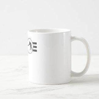 Rayas del jugador del grillo taza básica blanca