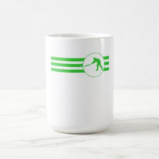 Rayas del jugador del grillo (verde) taza básica blanca