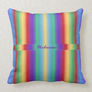 Rayas del multicolor con la cinta almohada