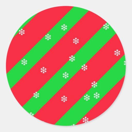 Rayas del navidad con los copos de nieve pegatina redonda