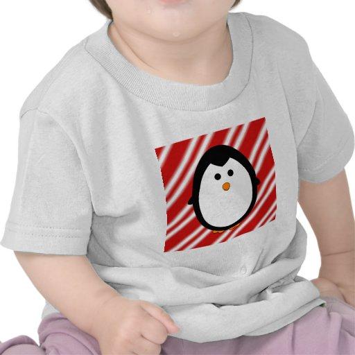 Rayas del pingüino camisetas