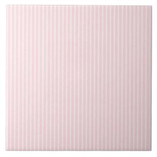 Rayas del rosa en colores pastel azulejo cuadrado grande
