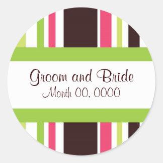Rayas descaradas rosadas y pegatina verde del boda