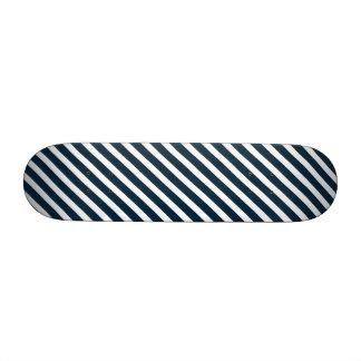 Rayas diagonales azules blancas y de medianoche patín personalizado