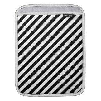Rayas diagonales blancos y negros mangas de iPad