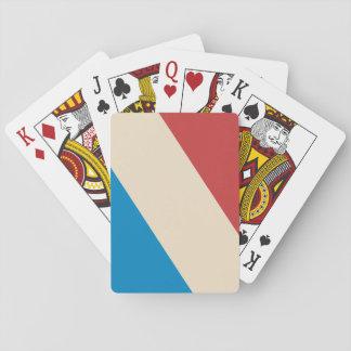 Rayas diagonales poner crema rojas, azules barajas de cartas