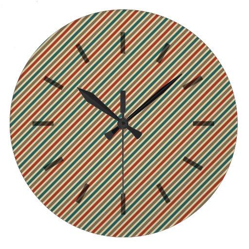 Rayas diagonales rojas y azules retras reloj de pared
