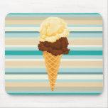 Rayas dobles del trullo del cono de helado de la alfombrilla de ratón