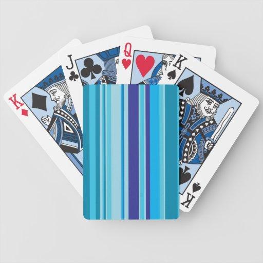 Rayas en fondo azul del modelo de las sombras baraja de cartas