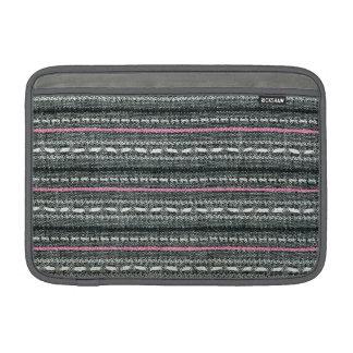 Rayas enrrolladas retras grises y rosadas funda macbook air