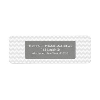 Rayas grises de Chevron Etiqueta De Remite