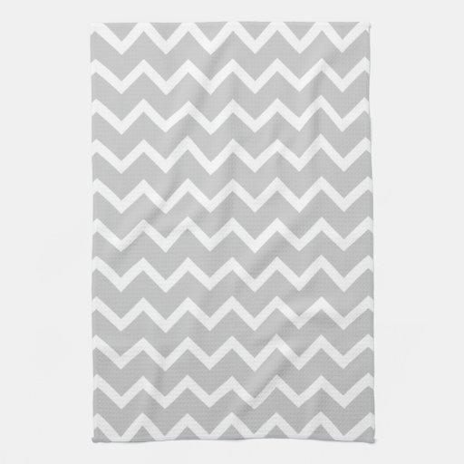 Rayas grises y blancas del zigzag toallas de cocina