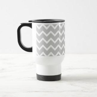 Rayas grises y blancas del zigzag tazas de café
