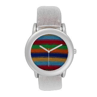 Rayas hechas punto coloridas reloj