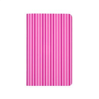 Rayas horizontales rosadas bonitas cuaderno grapado