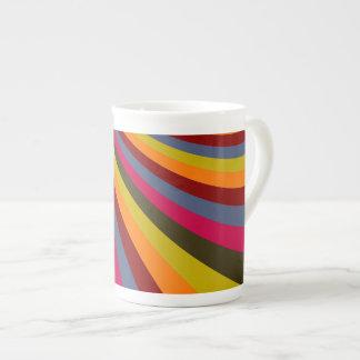 Rayas maravillosas de la diapositiva del arco iris taza de china