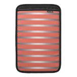 Rayas metálicas de plata de Sheen contra rosa Fundas Para Macbook Air