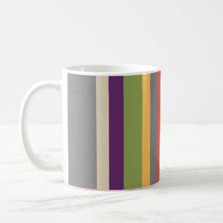 Rayas multicoloras taza básica blanca