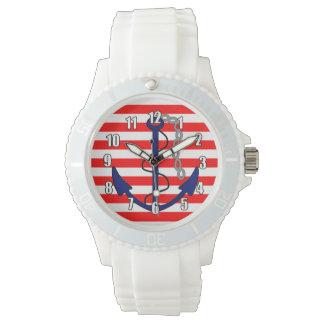 Rayas náuticas con el azul blanco rojo del ancla relojes