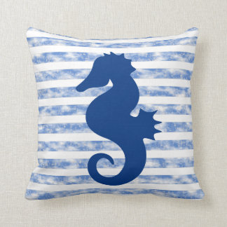 Rayas náuticas resistidas azul con el Seahorse Cojín