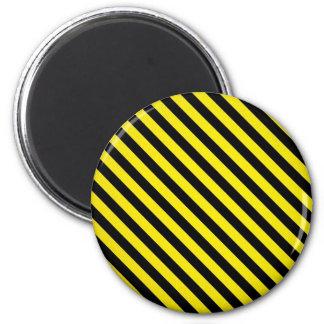 rayas negras amarillas de la precaución bajo const imán redondo 5 cm