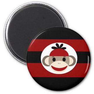 Rayas negras frescas del rojo del gorra de la gorr imán redondo 5 cm