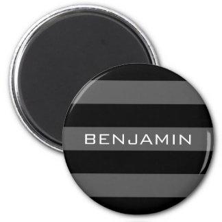 Rayas negras y grises del rugbi con nombre de imán redondo 5 cm