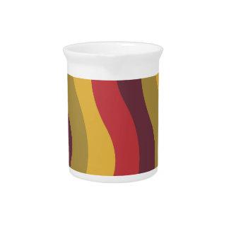 Rayas onduladas de la mezcla roja caliente jarrón
