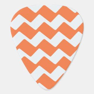 Rayas onduladas del naranja y blancas del galón plectro