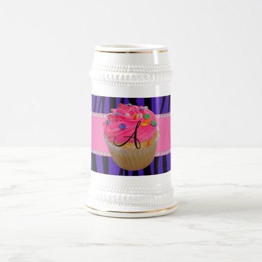 Rayas púrpuras de la cebra de la magdalena rosada  taza de café