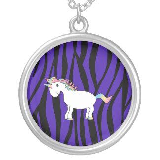 Rayas púrpuras de la cebra del unicornio collares personalizados