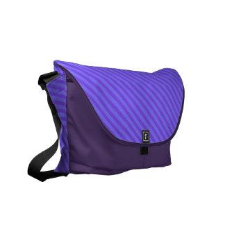 Rayas púrpuras violetas diagonales bolsas de mensajeria