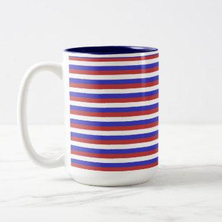 Rayas rojas, blancas y azules taza