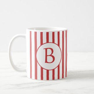 Rayas rojas y blancas con el monograma taza de café