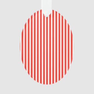 Rayas rojas y blancas del circo de la cabaña