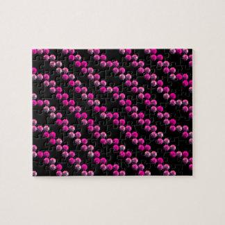 Rayas rosadas brillantes de la lentejuela en negro rompecabeza con fotos