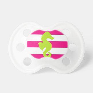 Rayas rosadas con el seahorse chupetes para bebes
