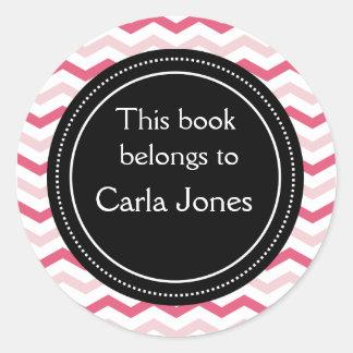 Rayas rosadas de encargo de los Bookplates el   Pegatina Redonda