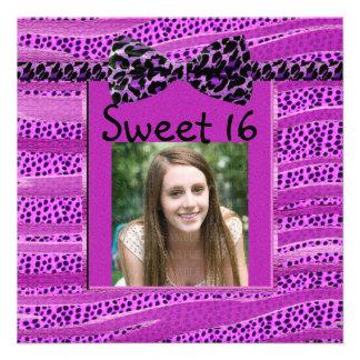 Rayas rosadas de la cebra del dulce dieciséis del comunicados personales