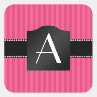 Rayas rosadas del monograma pegatinas cuadradases personalizadas
