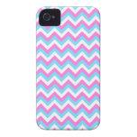 Rayas rosadas y azules del zigzag de Chevron iPhone 4 Case-Mate Protector