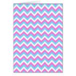 Rayas rosadas y azules del zigzag de Chevron Tarjetón