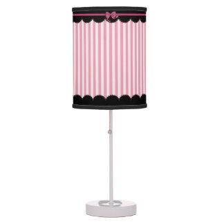 Rayas rosadas y cordón negro lámpara de escritorio