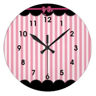 Rayas rosadas y cordón negro reloj redondo grande