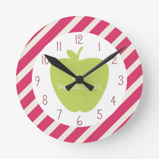 Rayas rosadas y profesor verde de Apple Relojes De Pared