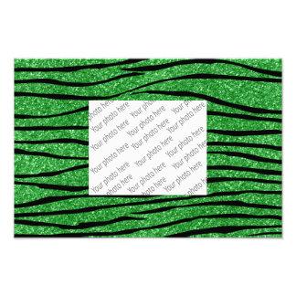 Rayas verdes claras de la cebra del brillo fotografías